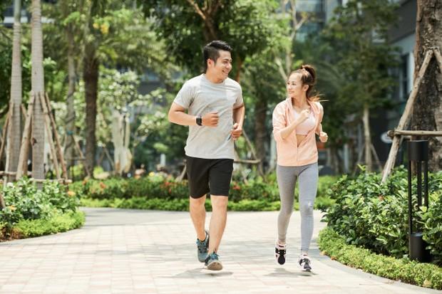 Rajin berolahraga mampu memperbaiki mood dan menjaga kesehatan jantung.