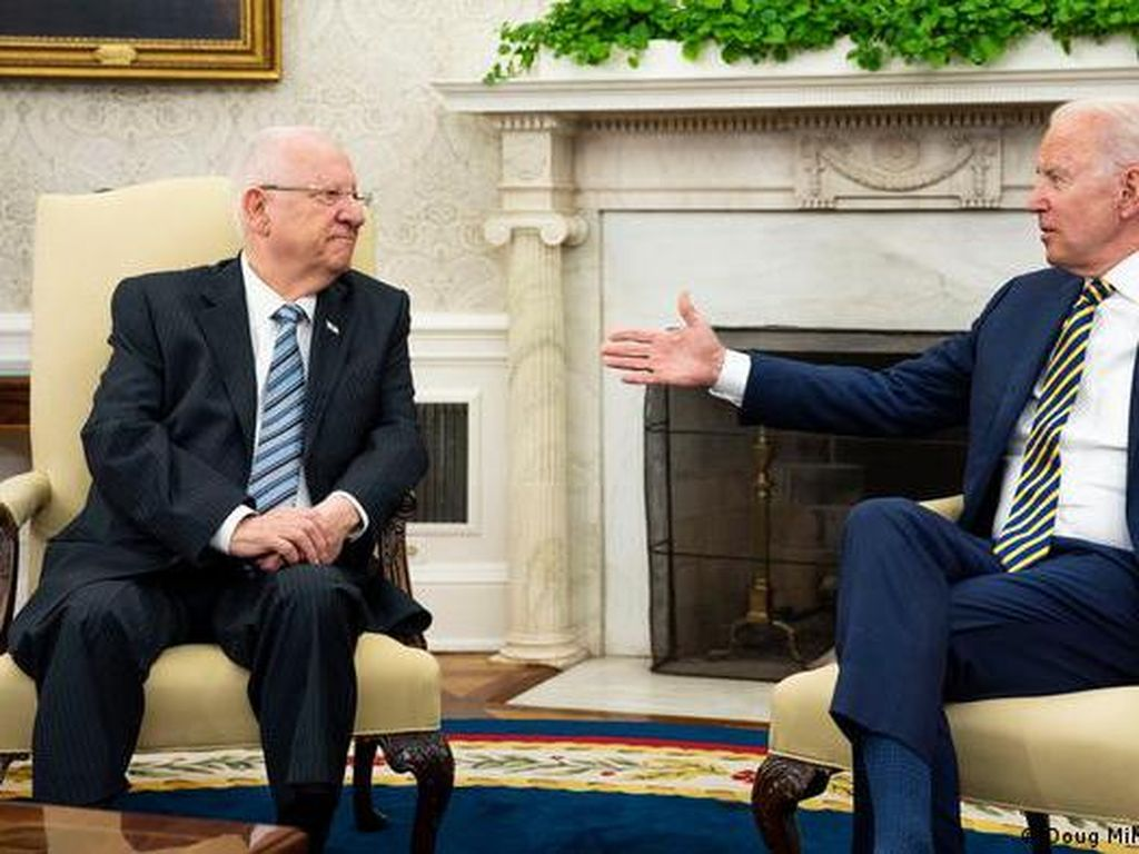 Bertemu Presiden Israel, Biden Tegaskan Tekad Cegah Senjata Nuklir Iran