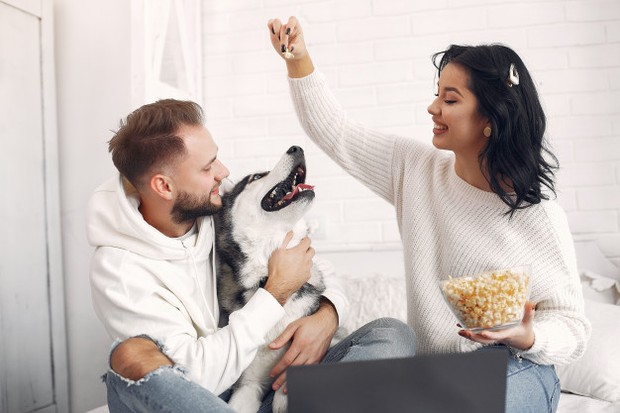 Ide kencan di rumah bersama pasangan