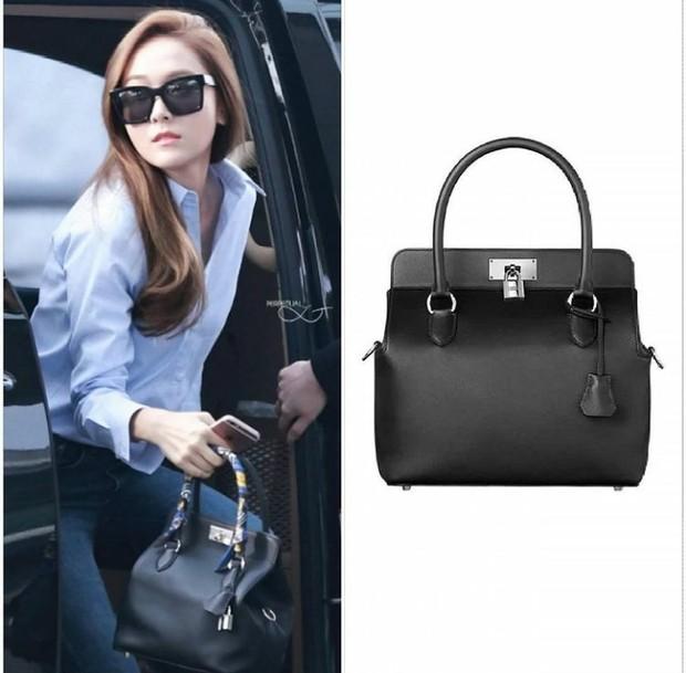 Jessica dengan koleksi tas Hermes
