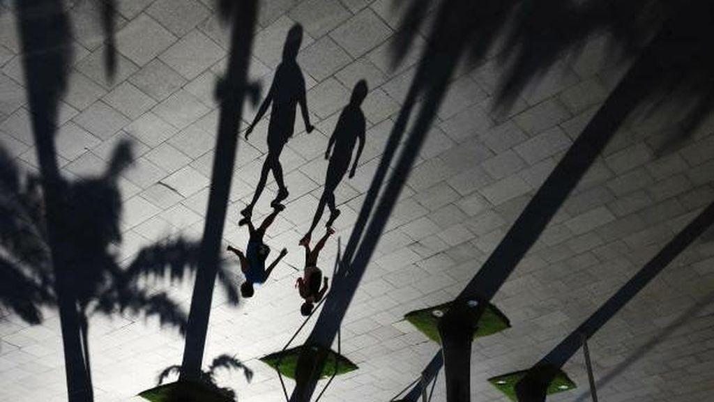 Potret Singapura, Mencoba Berdamai Dengan COVID-19