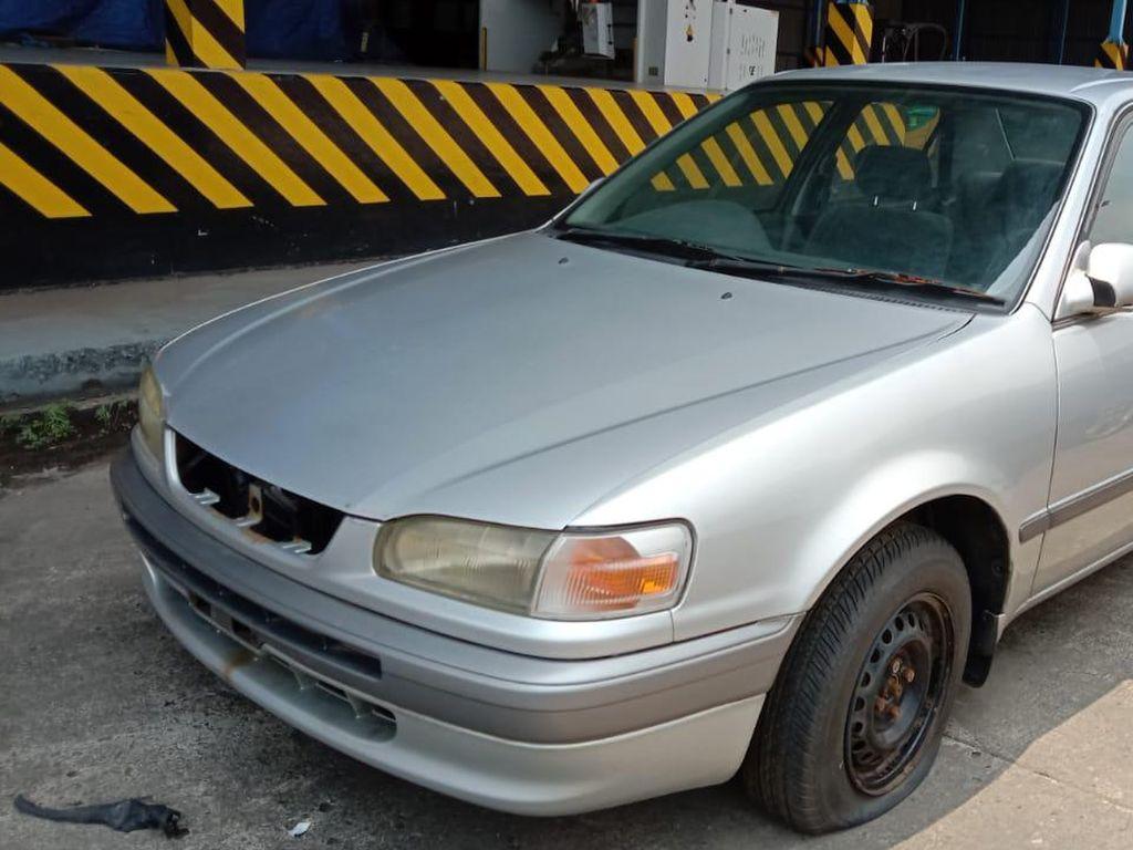Murmer! Toyota Corolla AE 110 Dilelang Mulai Rp 2 Jutaan