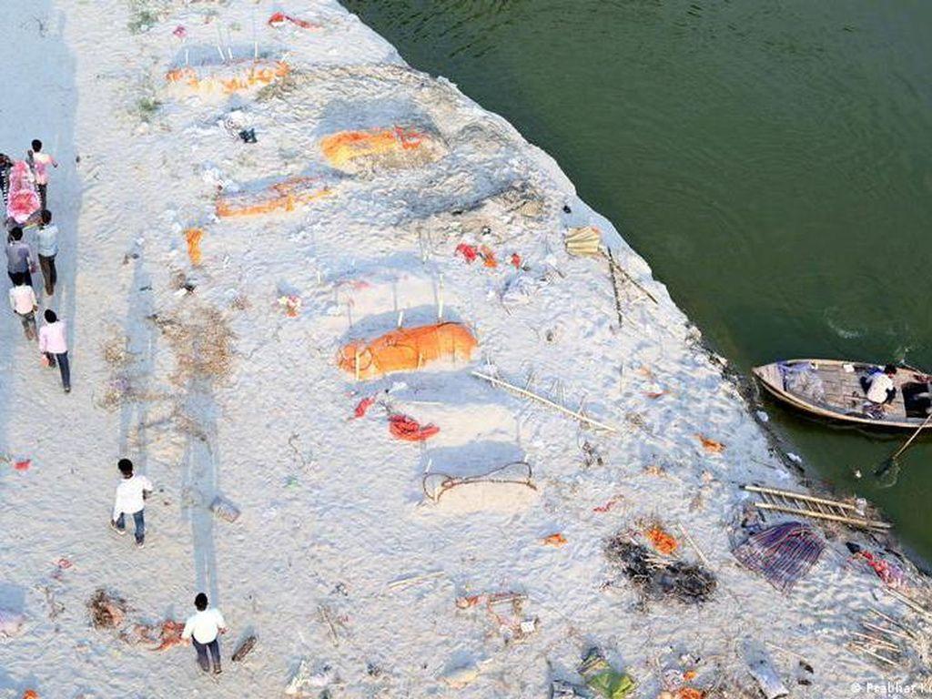 Bagaimana Sungai Gangga Menjadi Kuburan Pasien COVID-19?