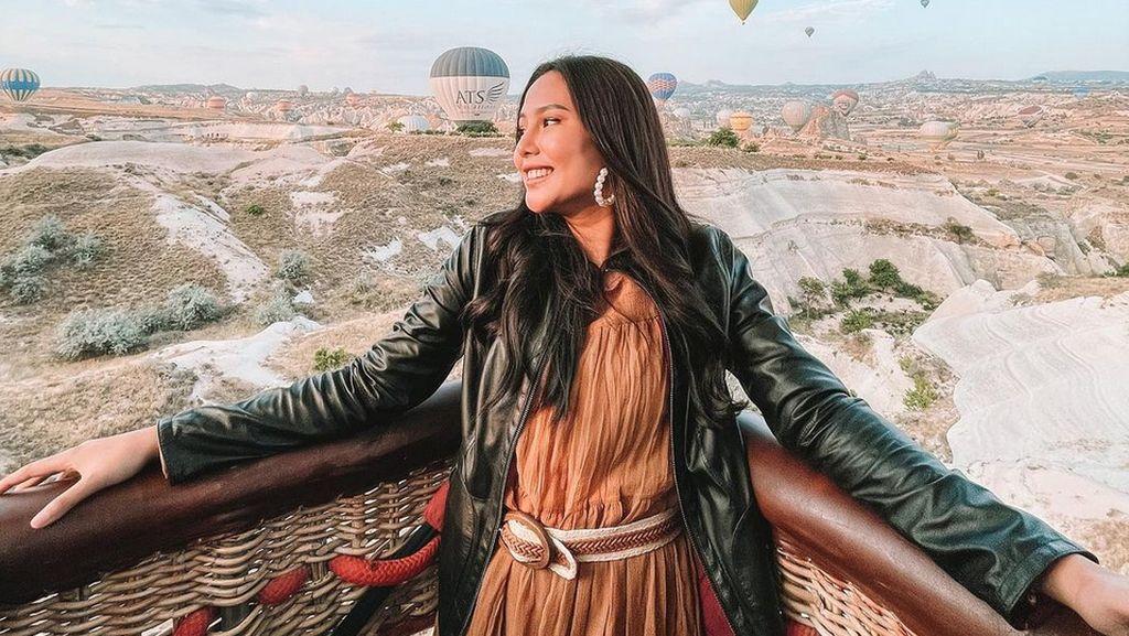 12 Artis Indonesia yang Ngaku Operasi Plastik
