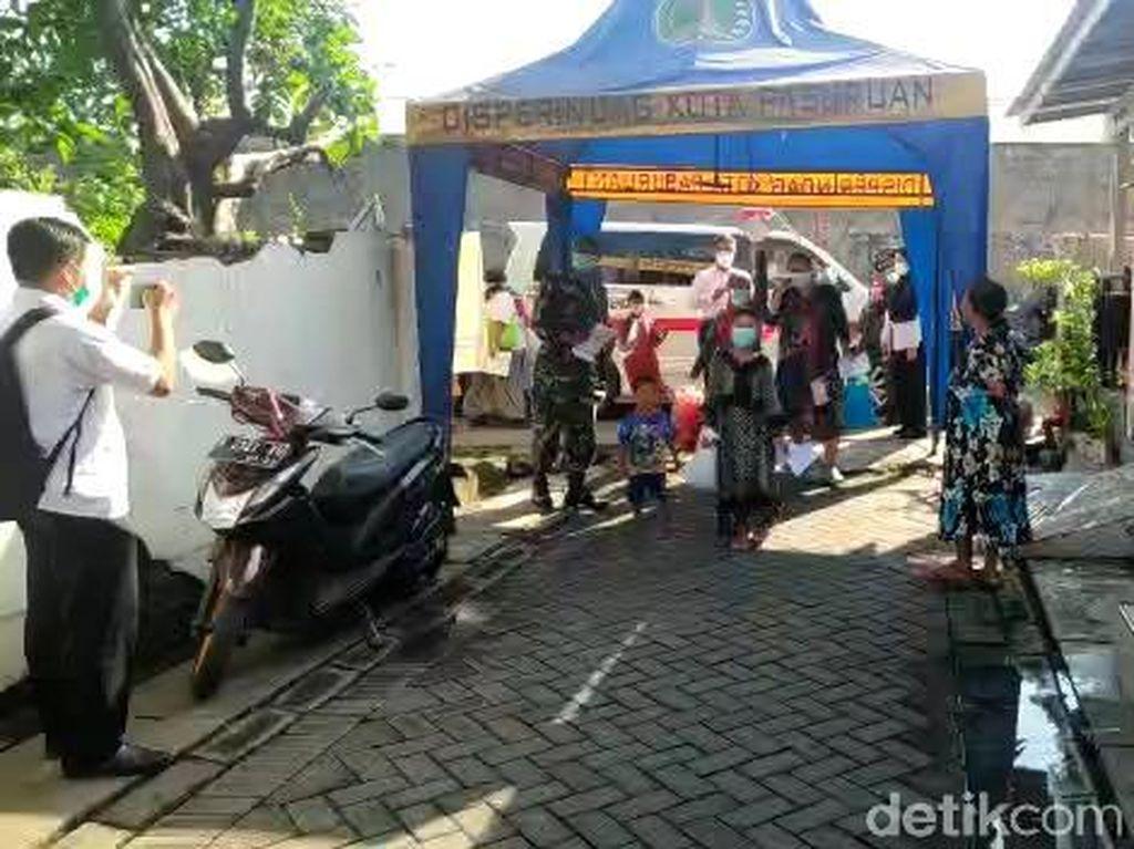 53 Warga Kota Pasuruan dari Klaster Ziarah Sembuh, Kepulangan Disambut Haru
