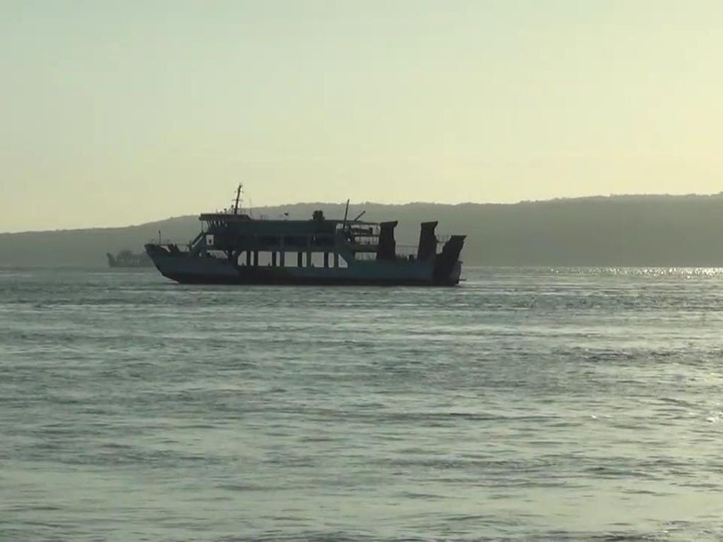 Duka Tenggelamnya KMP Yunicee di Perairan Pulau Dewata