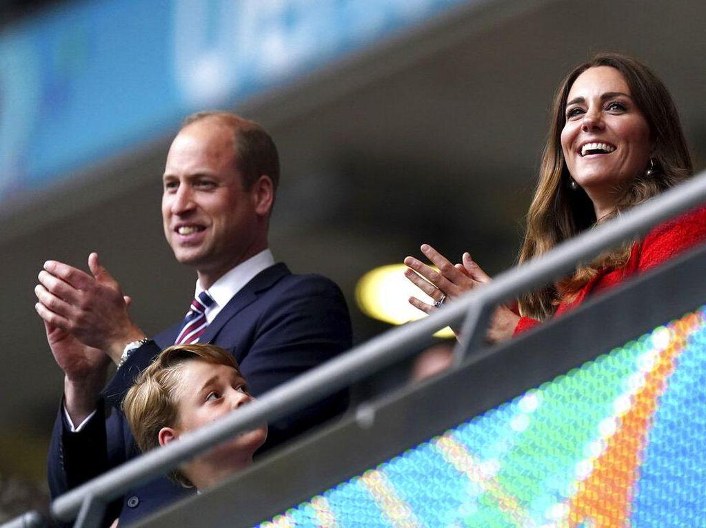 Semringahnya Pangeran William Saat Inggris Tumbangkan Jerman