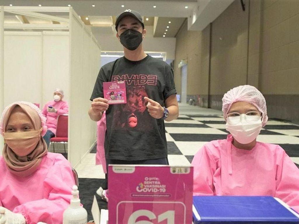 DJ Winky hingga Enzy Storia Ikutan Vaksinasi COVID-19 Bareng GoTix
