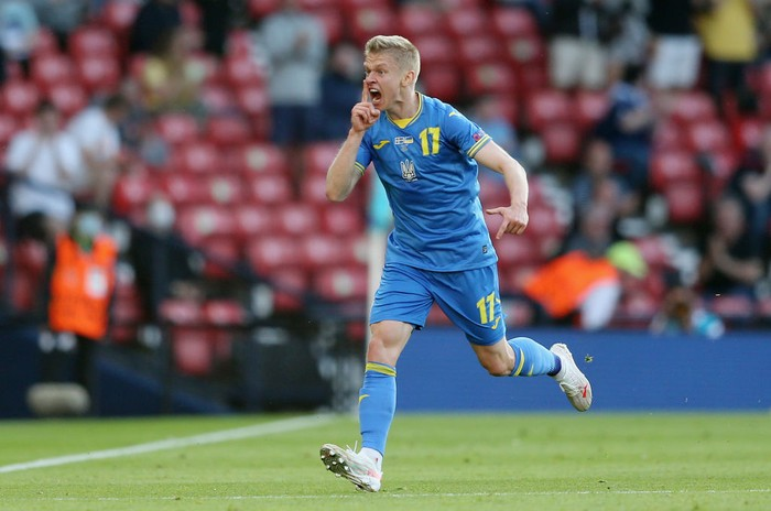 GLASGOW, SCOTLAND - JUNE 29: Oleksandr Zinchenko of Ukraine celebrates after scoring their sides first goal during the UEFA Euro 2020 Championship Round of 16 match between Sweden and Ukraine at Hampden Park on June 29, 2021 in Glasgow, Scotland. (Photo by Robert Perry - Pool/Getty Images)