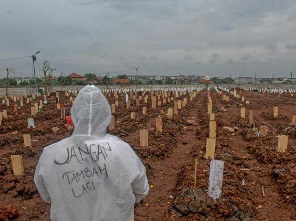 Anies Ungkap 300 Jenazah Dimakamkan dengan Prosedur COVID Hari Ini