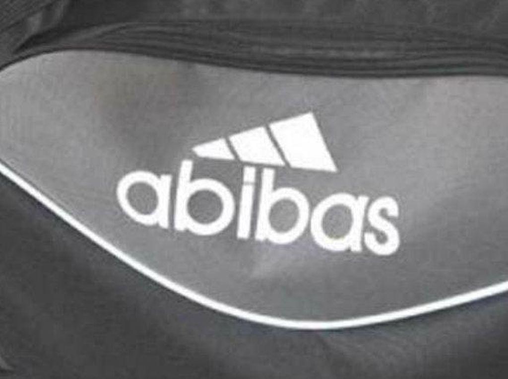 10 Foto Nyeleneh Kembaran Tas Branded Ini Bikin Gagal Pamer, Pengin Ngakak