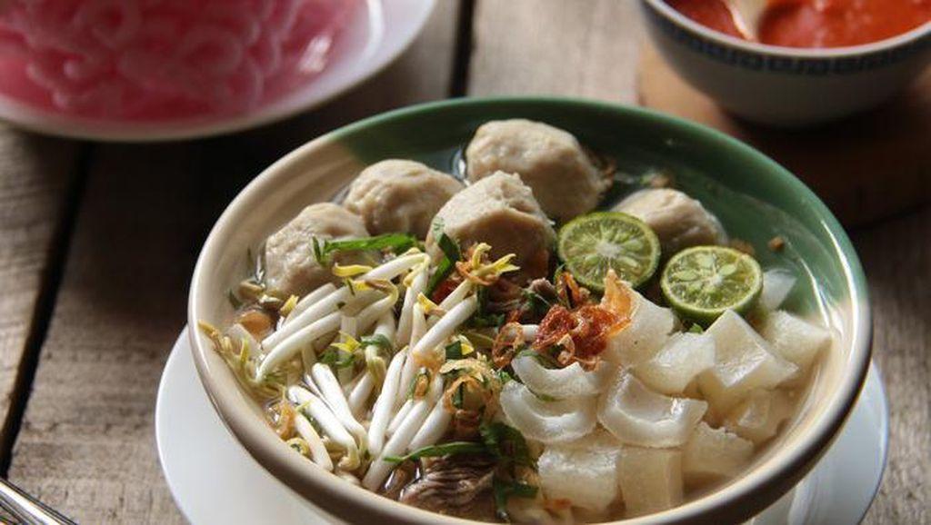 10 Resep Mie Tradisional Sedap, Mie Aceh hingga Mie Kocok Bandung