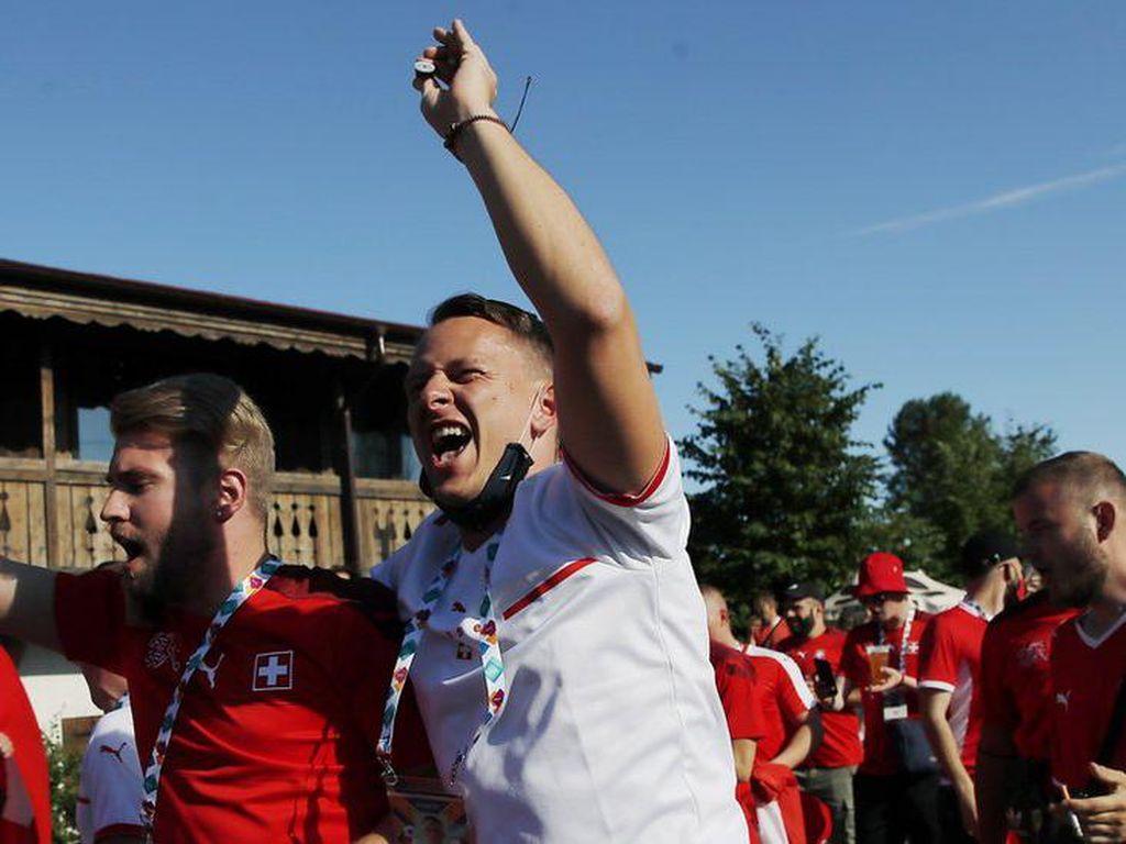 Corona Meningkat Saat Euro 2020, UEFA Dituding Tak Bertanggung Jawab