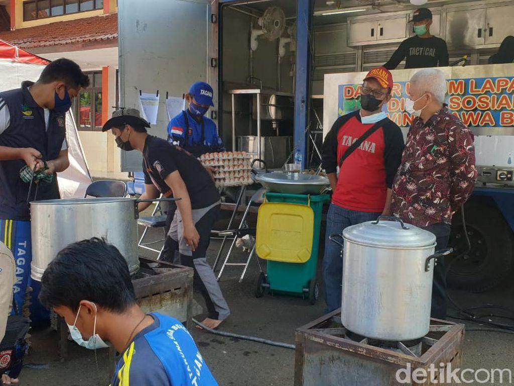 Kemensos Dirikan Dapur Umum Tanggap Darurat COVID-19 di Bandung