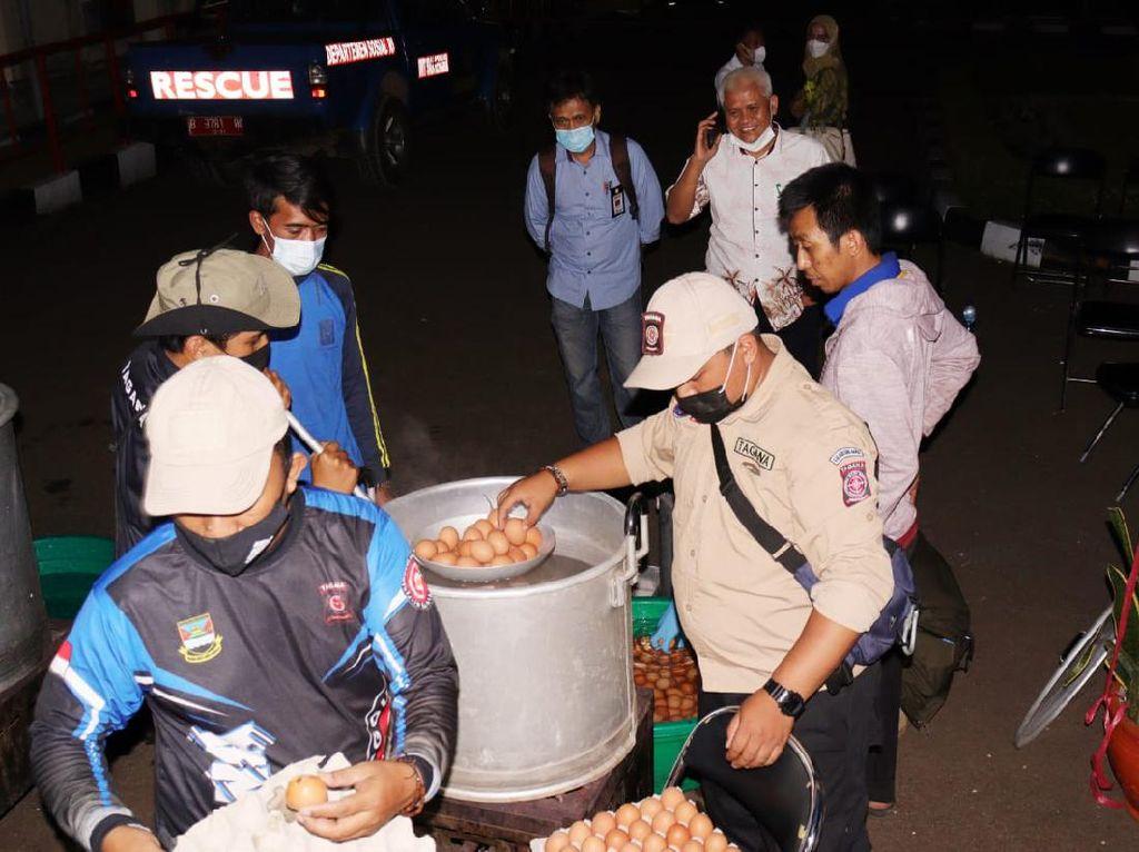Kemensos Akan Salurkan 2.400 Telur/Hari untuk Nakes di Bandung