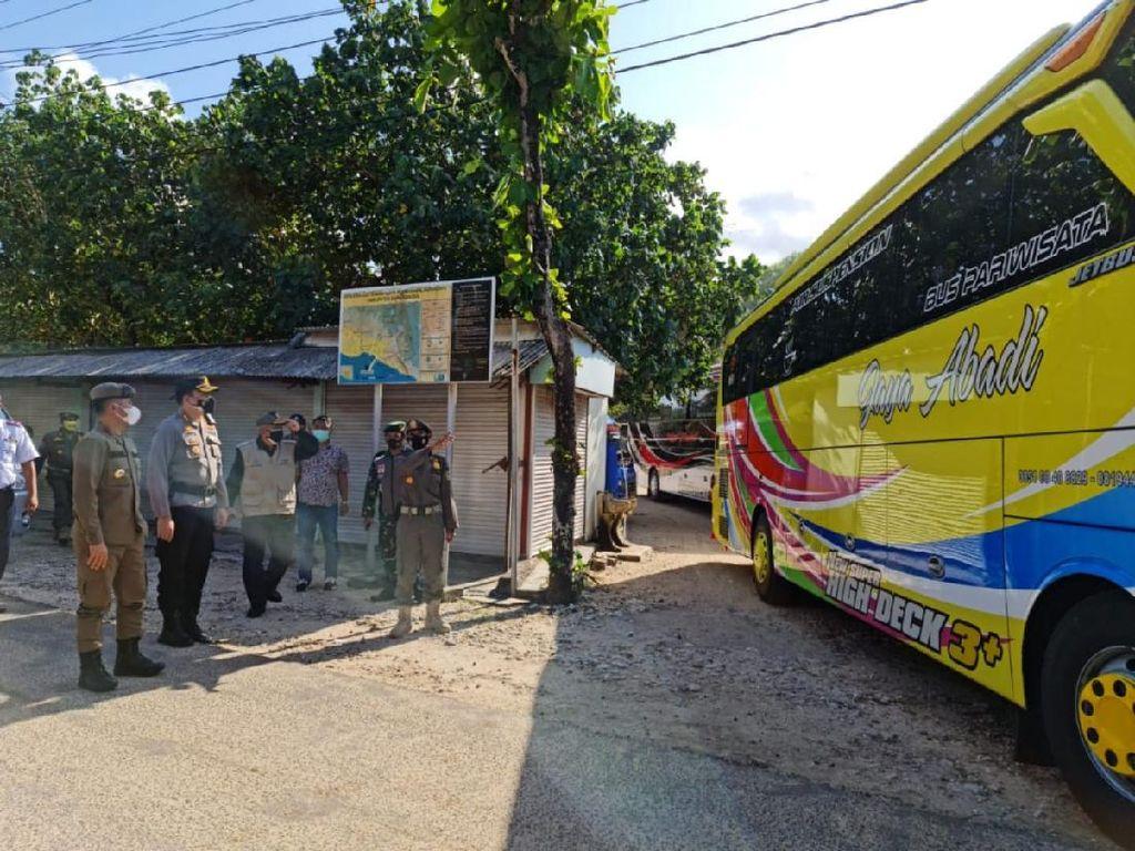 PPKM Darurat, Ratusan Wisatawan Bandel Mantai di Gunungkidul