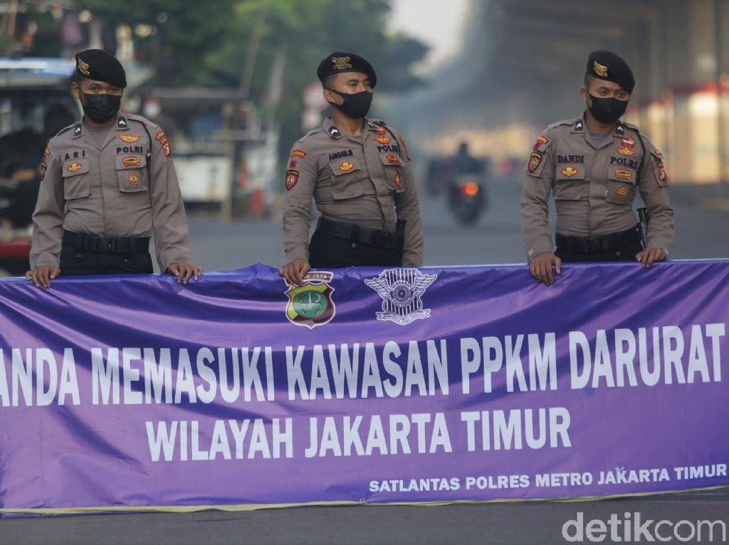 Wajib Tahu! Daftar 63 Titik Penyekatan PPKM Darurat di Jakarta