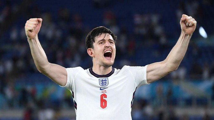 ROME, ITALY - JULY 03: Harry Maguire of England celebrates after victory in the UEFA Euro 2020 Championship Quarter-final match between Ukraine and England at Olimpico Stadium on July 03, 2021 in Rome, Italy. (Photo by Ettore Ferrari - Pool/Getty Images)