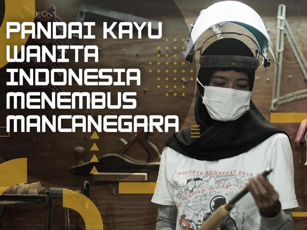 Sosok Pandai Kayu Wanita Indonesia yang Menembus Mancanegara