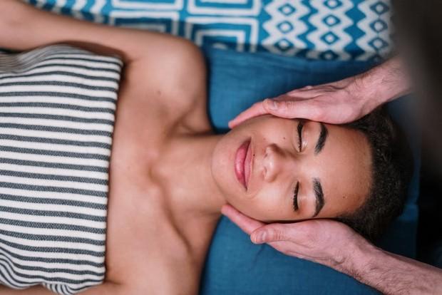 Face oil untuk atasi kulit bertekstur