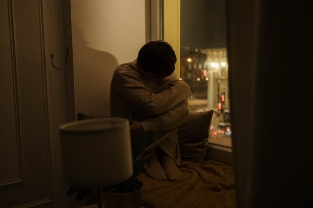Meskipun kamu merasa lelah tetapi kamu tidak bisa tidur (insomnia) di malam hari