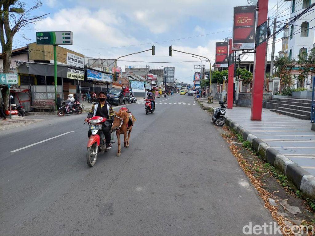 PPKM Darurat, Petugas Berencana Tutup Jalan Depan Alun-alun Lembang