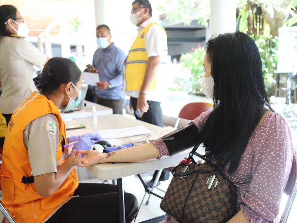 Bandara Ngurah Rai Sediakan Vaksinasi, Ini Syarat Terbang dari Bali