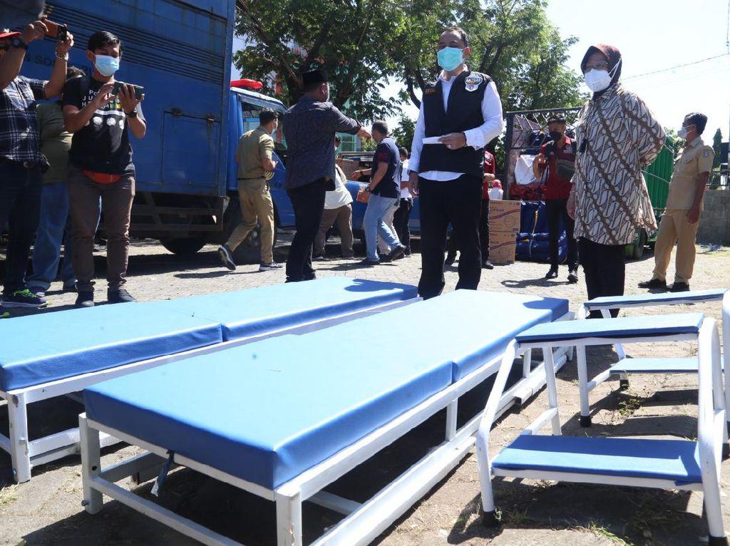 Mensos Bagikan Bantuan Penanganan COVID-19 ke Kota/Kabupaten di Jatim