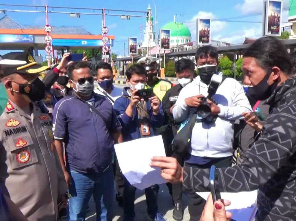 Penumpang Menuju Bali Protes Penerapan Surat Bebas COVID-19 Harus Berbarcode