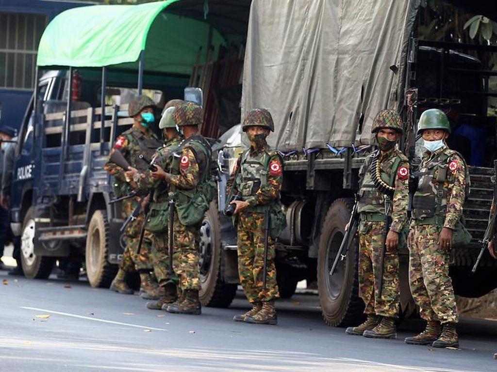 Pasukan Keamanan Myanmar Tembaki Penduduk Desa, 25 Orang Tewas