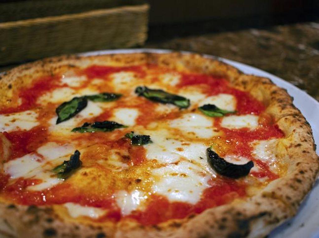 4 Perbedaan Pizza Italia dan Amerika, Adonan Kulit hingga Topping