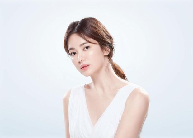 Song Hye Kyo mendapat gelar nasional Nation's First Love