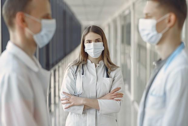 Tips meratakan warna kulit dengan ke dokter