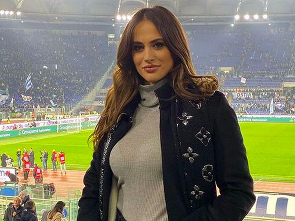 6 Pesona Wags Italia Vs Spanyol di Euro 2020, Dari Model Hingga Ibu-ibu Seksi
