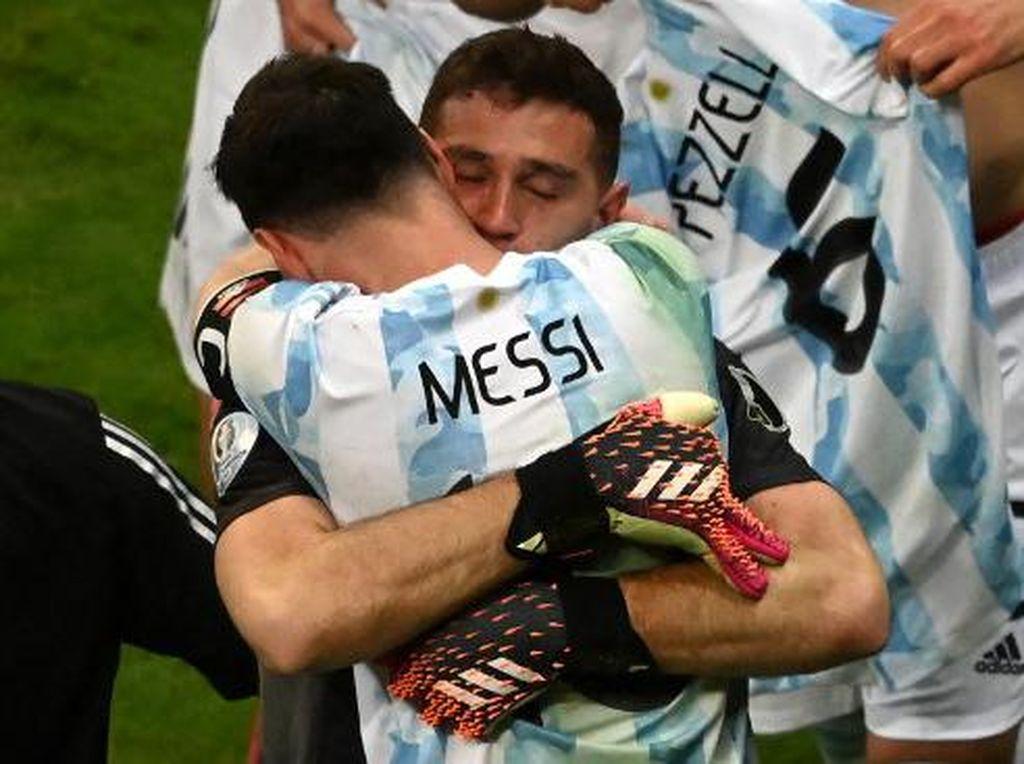 Mantap, Emi! Messi Sampai Puji Begini