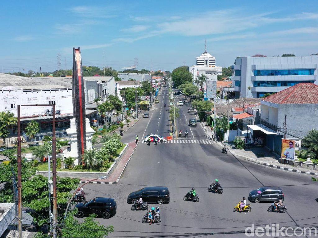 Gresik Tutup Akses Jalan Utama Menuju Surabaya Selama PPKM Darurat