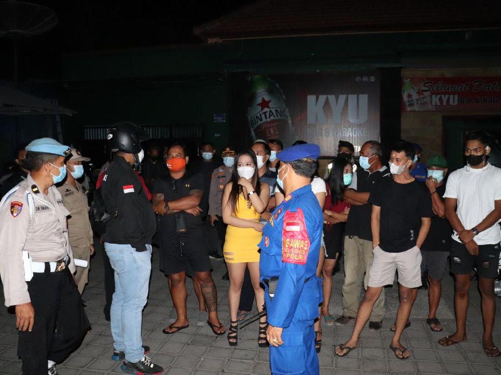 Kafe di Bali Digerebek saat PPKM Darurat, 12 Orang Diamankan Polisi