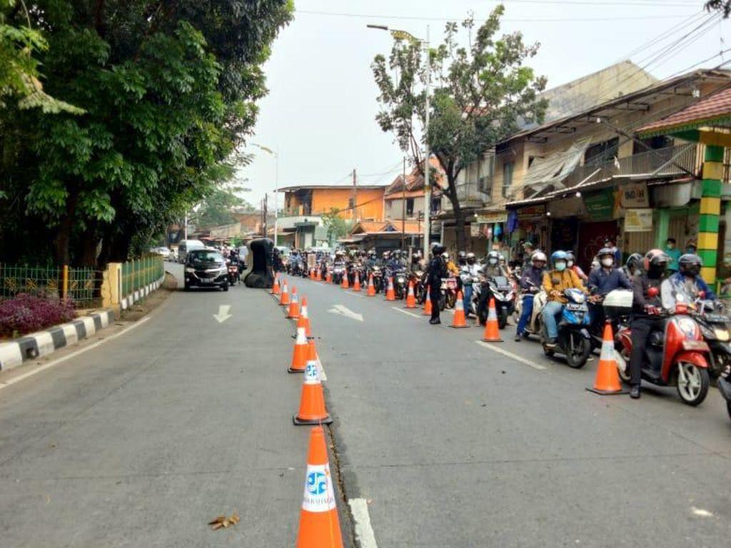 Konsep Baru Polisi Antisipasi Kemacetan di Titik Penyekatan PPKM Darurat