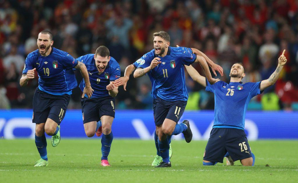 Italia melaju ke final Euro 2020 setelah menyingkirkan Spanyol dalam drama adu penalti. Salah satu penalti yang menjadi penentu kemenangan dilakukan oleh Jorginho.
