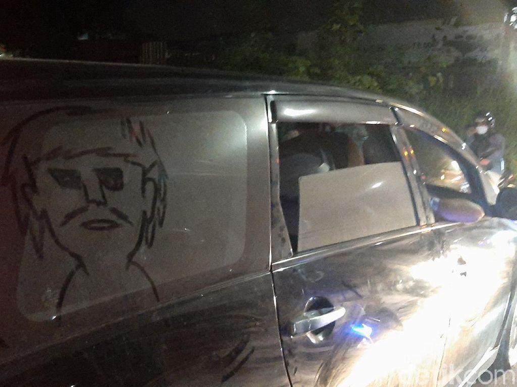 Polisi Buru Pemilik Mobil Berisi Mayat Wanita Terbungkus Plastik di Bogor