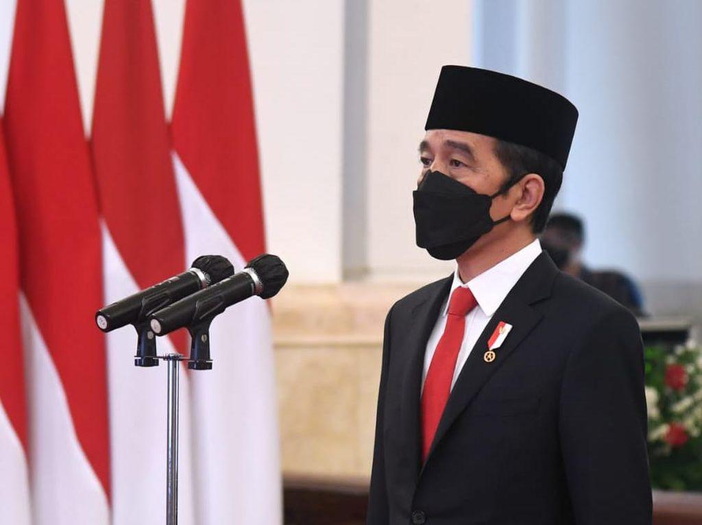 #PrayFromHome, Jokowi Sampaikan Dukacita ke Korban Corona yang Meninggal