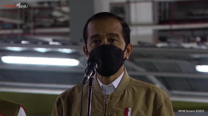 Presiden Jokowi saat meninjau Rusun Pasar Rumput (YouTube Sekretariat Presiden)
