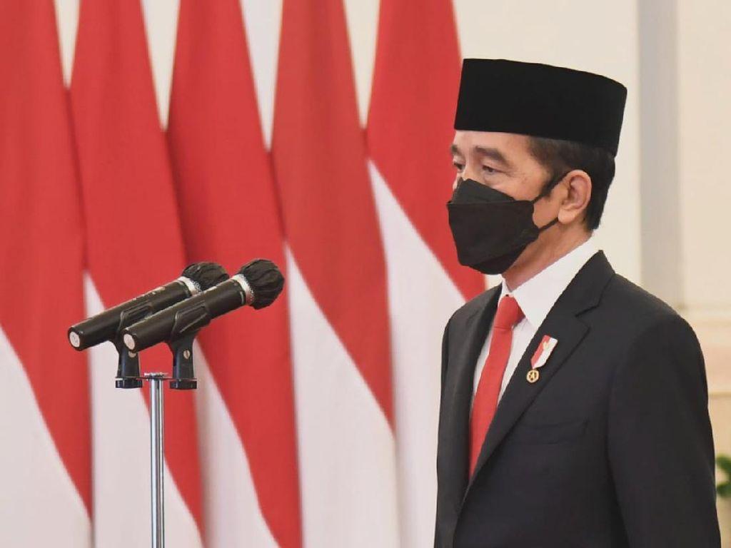 Jokowi Lantik Sahbirin Noor-Muhidin Jadi Gubernur dan Wagub Kalsel