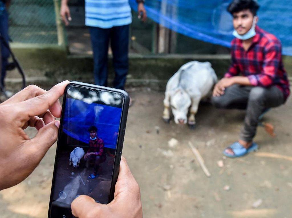 Demi Foto Bareng Rani yang Putih Mulus, Warga Bangladesh Terobos Lockdown