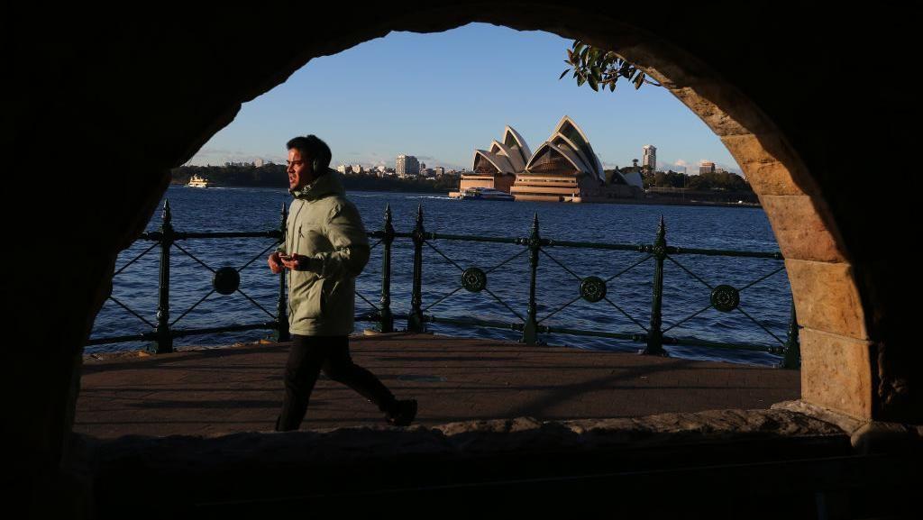 Kasus Corona Masih Tinggi, Sydney Perpanjang Lockdown