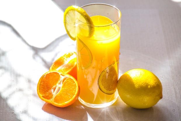 Vitamin C membantu meningkatkan imunitas tubuh (foto: pexels.com/photomix company)