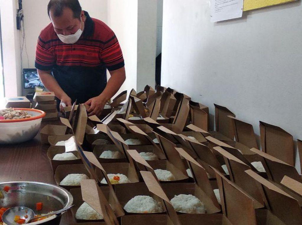 Komunitas dan Restoran Kompak Kirimkan Makanan Gratis untuk Pasien Covid-19 yang Isoman