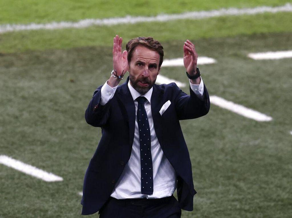 Inggris Gagal Juara Euro, Southgate Tetap Diganjar Gelar Sir?