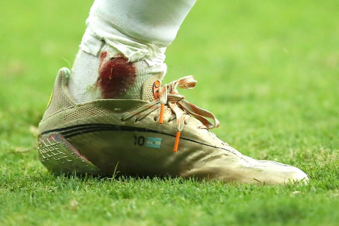 BRASILIA, BRAZIL - JULY 06: Detail of Lionel Messis boot during a semi-final match of Copa America Brazil 2021 between Argentina and Colombia at Mane Garrincha Stadium on July 06, 2021 in Brasilia, Brazil. (Photo by Alexandre Schneider/Getty Images)