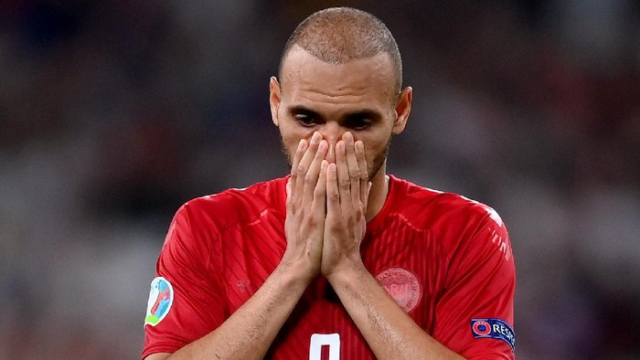 LONDON, ENGLAND - JULY 07: Martin Braithwaite of Denmark looks dejected following his teams defeat in the UEFA Euro 2020 Championship Semi-final match between England and Denmark at Wembley Stadium on July 07, 2021 in London, England. (Photo by Laurence Griffiths/Getty Images)